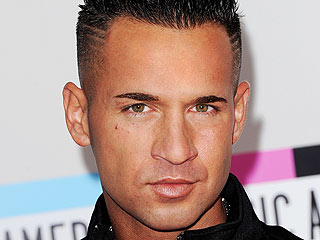 Mike Sorrentino earned a 0.16 million dollar salary, leaving the net worth at 6 million in 2017