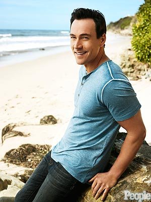 Chris Klein Rehab; Opens Up About His Struggle with Sobriety