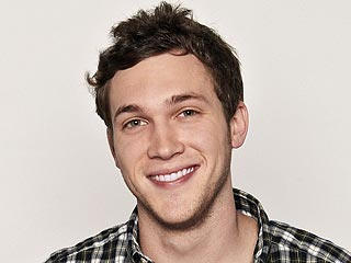 Phillip Phillips Is Out of the Hospital