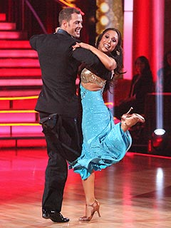 Will Injured William Levy Compete Tonight on Dancing? | Cheryl Burke, William Levy