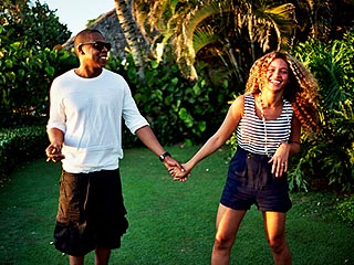 Beyonc&#233; Shares Personal Photos on New Tumblr| Couples, Beyonce Knowles, Jay-Z