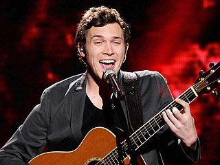 Favorite Phillip Phillips Slips Up on American Idol