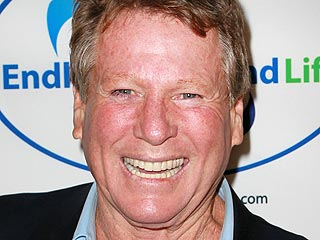 Ryan O'Neal Reveals Why He Wrote a Book About Farrah | Ryan O'Neal