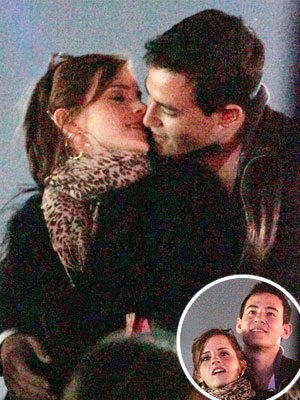 Coachella: Emma Watson Kissing Will Adamowicz -- PHOTOS