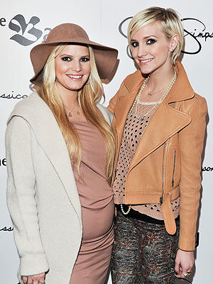 Jessica Simpson Baby Born, Ashlee Simpson In Love