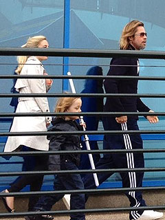 PHOTO: Brad & Angelina Take Kids to U.K.&#39;s Legoland | Brad Pitt