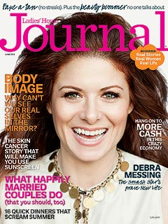 Debra Messing Says She&#39;s &#39;at Peace&#39; with Divorce | Debra Messing