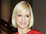 Pregnant Anna Faris Steps Out on Red Carpet