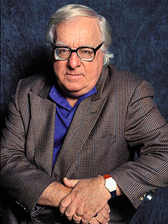 Author Ray Bradbury Is Dead