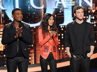 Phillip Phillips, Jessica Sanchez  Singing in the Idol Finale