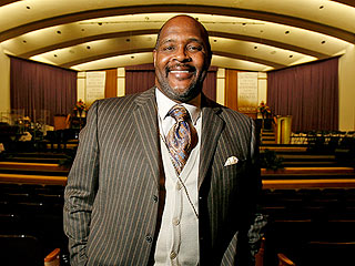 Pastor Who Gave Whitney Houston's Eulogy Is Beaten, Carjacked