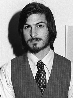 Ashton Kutcher Photographed as Steve Jobs| Movie News, Ashton Kutcher, Steve Jobs
