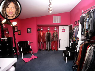 PHOTOS: Steven Tyler's American Idol Backstage Bungalow
