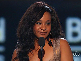 Tearful Bobbi Kristina Takes the Stage at Billboard Awards