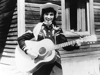 Loretta Lynn Married Just Shy of 16, Not at 13, as Long Claimed