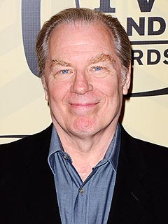 Actor Michael McKean Mowed Down on New York Sidewalk | Michael McKean