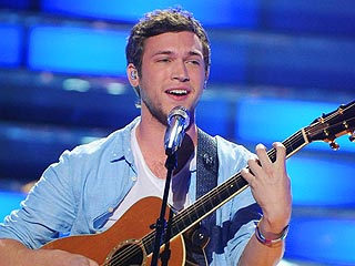 American Idol's Phillip Phillips Undergoes Surgery