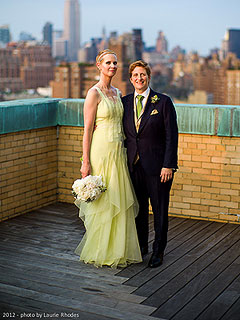 See Cynthia Nixon's Pale Green Wedding Dress | Cynthia Nixon