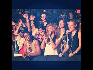 Beyoncé & Gwyneth Paltrow Cheer Jay-Z in Paris | Beyonce Knowles, Gwyneth Paltrow, The Dream