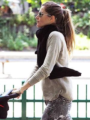Is Gisele Bündchen Pregnant?| Babies, Gisele Bundchen, Tom Brady