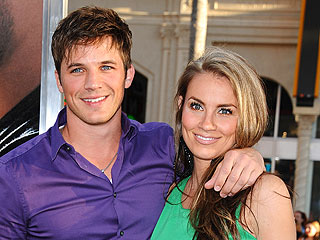 90210's Matt Lanter Is Engaged!