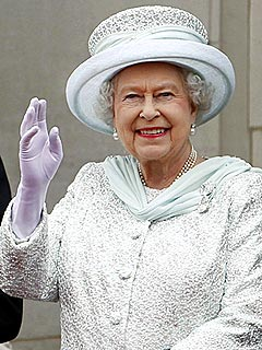 Queen Elizabeth Hospitalized for Stomach Bug | Queen Elizabeth II