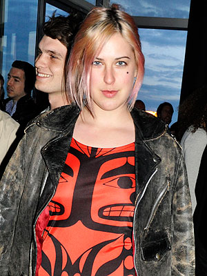 Scout Willis Arrested; Drinking Beer in New York City in Public