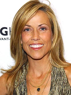 Sheryl Crow Has Benign Brain Tumor