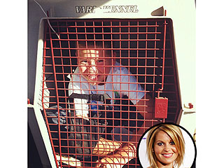 PHOTO: Candace Cameron Bure's Kid Gets in a Dog Carrier | Candace Cameron