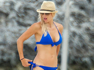 Elin Nordegren Shows Off Her Bod in a Tiny Blue Bikini