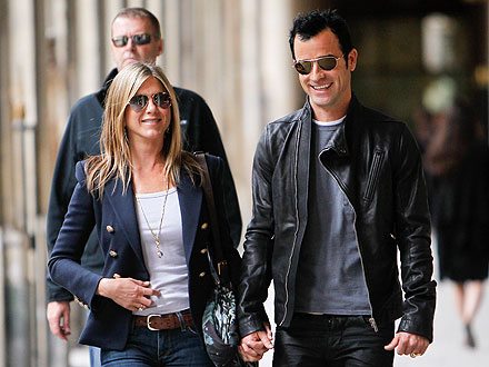 PHOTO: Jen & Justin: Spotted Shopping in Paris! | Jennifer Aniston, Justin Theroux