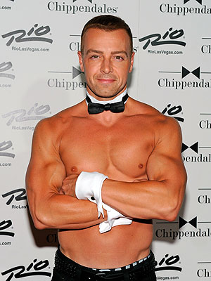 Joey Lawrence Performs with the Chippendales in Las Vegas