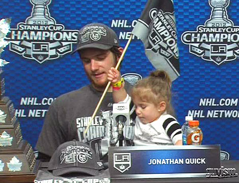 L.A. Kings&#39; Jonathan Quick&#39;s Daughter &#39;Loves Watching&#39; Dad Play Hockey