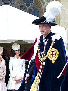 PHOTO: Kate Flashes William a Big Smile at Knighthood Ceremony | Kate Middleton, Prince William