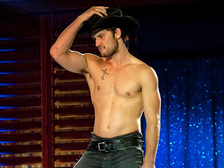 Alex Pettyfer Is Ready to Strip on Broadway | Alex Pettyfer
