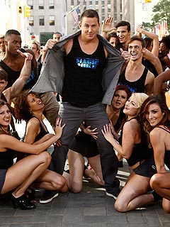 VIDEO: Channing Tatum Shows Off His Stripper Moves | Channing Tatum