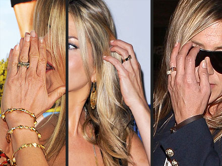 Jennifer Aniston & Justin Theroux: Engagement Not 'Ringing' True| Couples, Jennifer Aniston, Justin Theroux