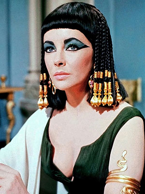 Lindsay Lohan Dresses Like Cleopatra for Elizabeth Taylor Biopic| Cleopatra, Movie News, TV News, Elizabeth Taylor, Lindsay Lohan