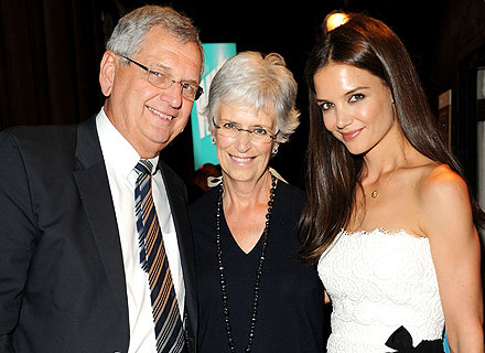 Tom Cruise, Katie Holmes Divorce: All About Her Dad