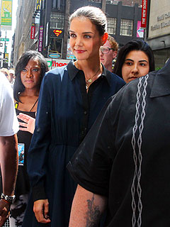 PHOTO: Katie Holmes Tapes Project Runway: All Stars in N.Y.C. | Katie Holmes
