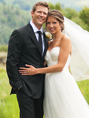 The Doctors Star Travis Stork Married to Dr. Charlotte Brown; Wedding Photo