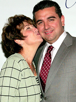 Buddy Valastro on Mom's ALS Battle: 'You've Gotta Look At It Glass Half-Full'| Cake Boss, Buddy Valastro