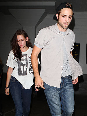Robert Pattinson & Kristen Stewart Have Date Night in Hollywood | Kristen Stewart, Robert Pattinson