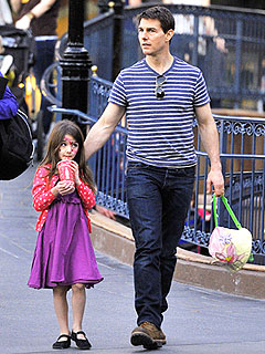 Tom Cruise Reunites with Suri for Thanksgiving