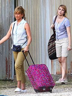 PHOTO: Jennifer Aniston Plays a Prostitute, Drug Mule in Latest Film | Emma Roberts, Jennifer Aniston