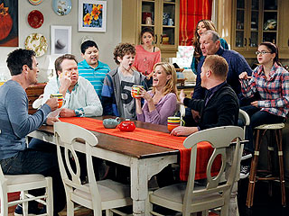 Modern Family Cast Sues Over 'Illegal Contracts'