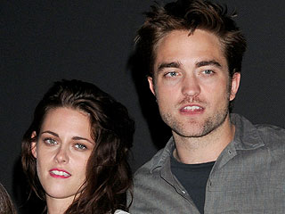 Rob Pattinson & Kristen Stewart Are a Couple Again: Sources