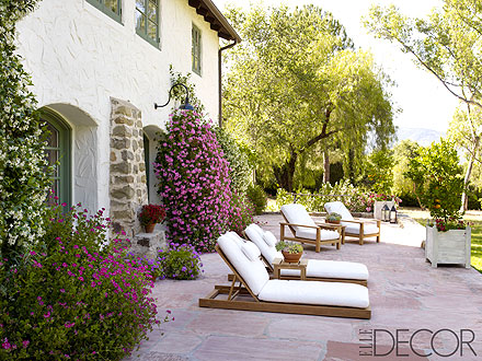 Reese Witherspoon – Inside Her Ojai Wedding Home| Celeb Real Estate, Reese Witherspoon