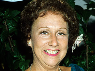 All In the Family Star Jean Stapleton Dies at 90 | Jean Stapleton