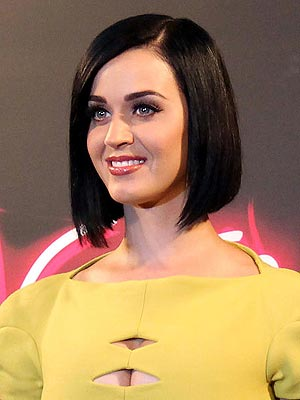 Katy Perry  on Katy Perry Hair  Black     Style News   Stylewatch   People Com